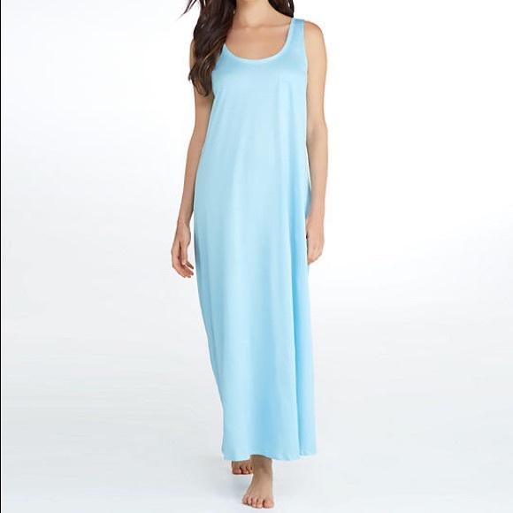 b90246dbc7 Hanro Intimates   Sleepwear